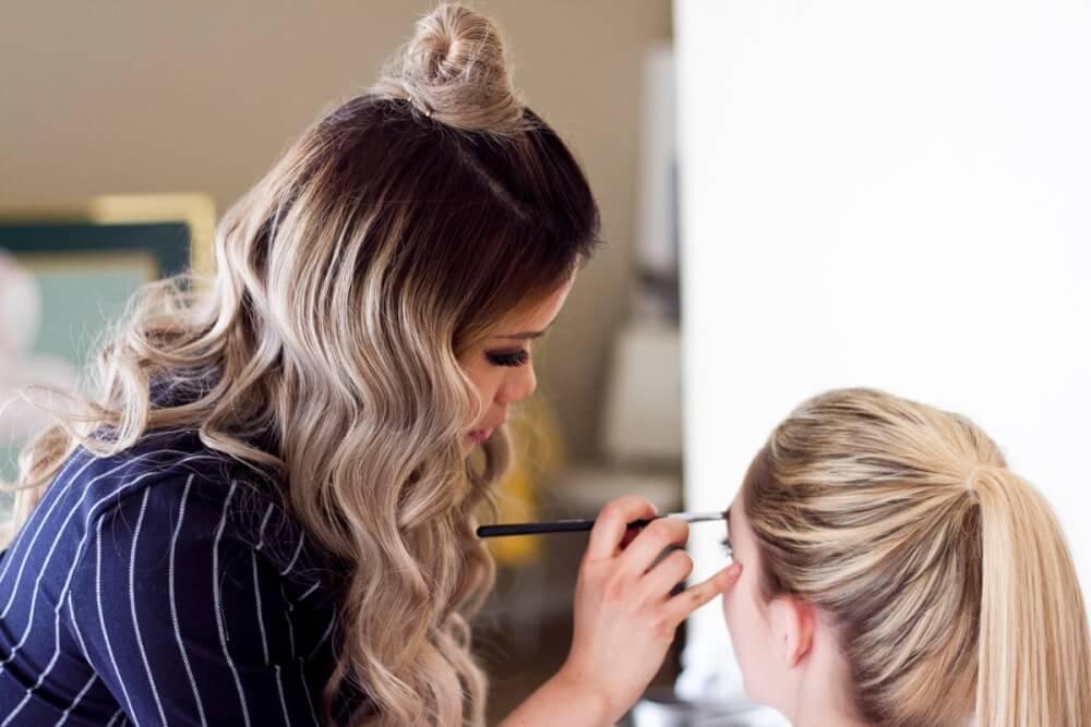Lidia Win Makeup Artist