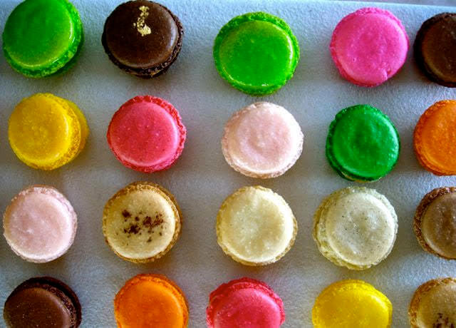 essence bakery maccaroons