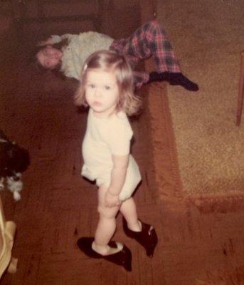 claudine-raids-her-mothers-closet-1976